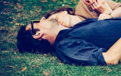 A Couples Therapist Explains Why We Seek Relationships